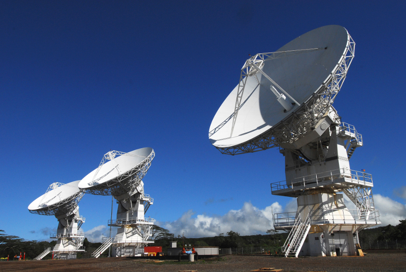 Ground station at Naval Computer and Telecommunications Area Master Station Pacific, Hawaii - From https://commons.wikimedia.org/wiki/File:The_Mobile_User_Objective_System.jpg